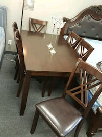 **7PC SOLIDWOOD DINETTE SET**