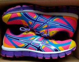 New in box Asics running shoes women's size 6