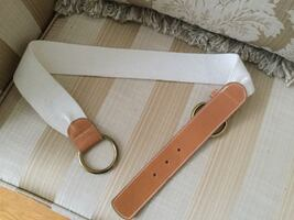 BRAND NEW BELT DIM 32 INCHES PERFECT GIFT