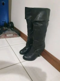 Guess boots size 7 Washago