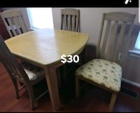 Kitchen dinning table with four chairs  Springfield, 22150
