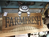 Farmfresh Pig sign  Cumming, 30041