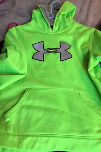 Hoodie UA youth large never worn Reisterstown, 21136