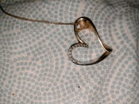 *10k silver and gold heart  necklace. Kelowna, V1Y 6X7
