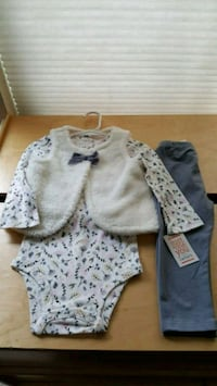 white and gray floral long sleeve shirt Renton, 98056