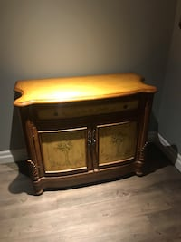 Beautiful hand painted accent chest! London, N6M 1G5