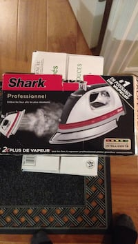 Shark Professional clothes iron box Kitchener, N2C 2T6