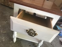 Side Table Farragut, 37932
