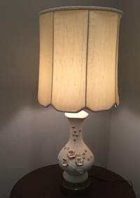 Vintage White Table Lamp With Applied Gold Guilted Flowers  Forest Hill, 21050
