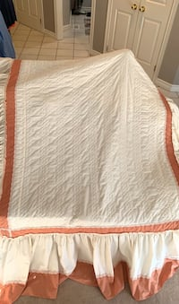 Stunning double bed bedspread  London, N5X 3N2