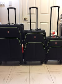 New Set of Swiss Gear Suitcases / Luggage