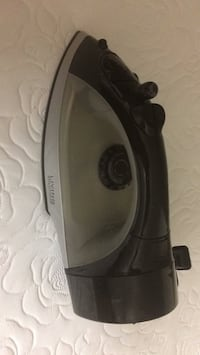 black and gray Tefal clothes iron Reston, 20191