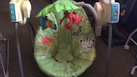 Baby's green and white bouncer Winton, 95388
