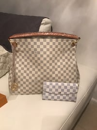 brown and gray Louis Vuitton leather tote bag Sunrise, 33351
