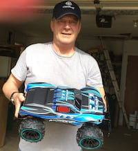 Large CEO Muscle Radio Controlled RC New Toy Bundle, Ready to Play Today!, Ages 8+ Englewood