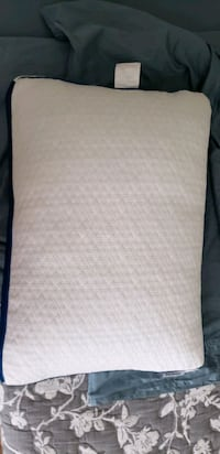 memory foam pillow  Deerfield Beach