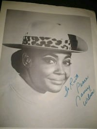 Autographed picture of Nancy Wilson Washington, 20032