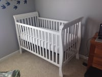 Crib and Mattress (in Omaha area) BROKENBOW