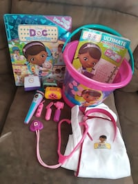 Doc mcStuffins vet doctor play lot toys dress up outfit & accessories  Wrightsville, 17368