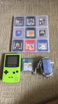Gameboy Color w/assorment of games + charger Metuchen, 08840