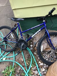 Blue huffy mountain bike (teen) Grand Rapids, 49507