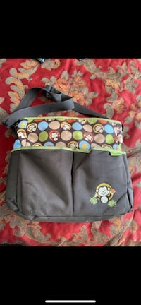 Diaper/carry bags