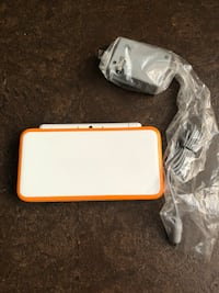 New Nintendo 2DS XL (With Charger) (Original price:$200) Calgary, T2Z