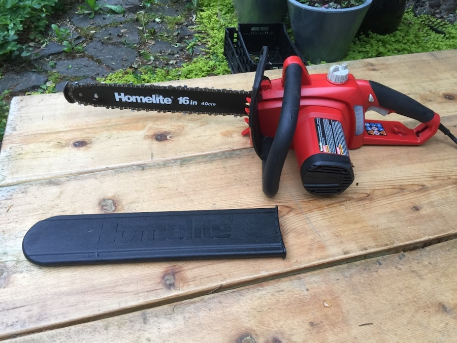 "Homelite 16"" 12 Amp Electric Chainsaw - British Columbia"