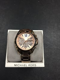 round silver Michael Kors chronograph watch with link bracelet Riverview, 33578