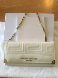 Authentic Gianni Versace Clutch & Wallet on a Chain Vaughan, L6A 3S1