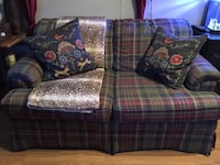 Plaid Loveseat!-in great shape  Guelph, N1G 1H5