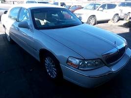 Lincoln - Town Car -  [TL_HIDDEN]