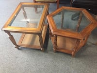 Pair of end tables  South Daytona, 32119