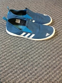 Adidas shoes size 10.5 Surrey, V3R 5V7