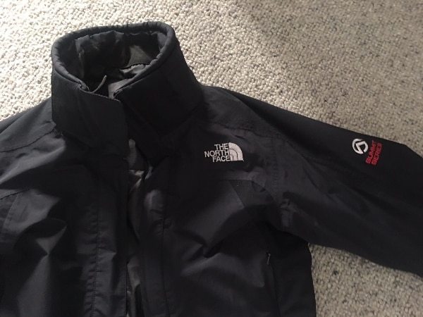 Women's North face Black Hyvent Jacket size XS - Great condition