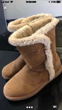 Boots size 8 Boisbriand