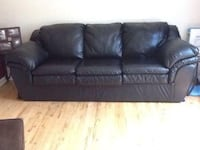 Black leather Couch Port Hope, L1A 1Y3