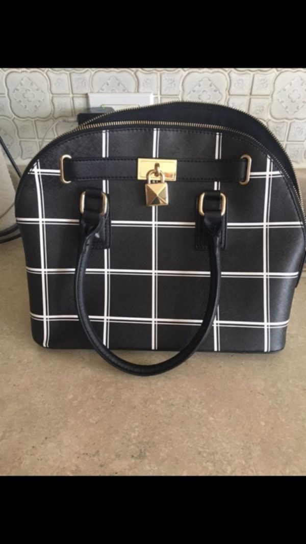 Aldo bag used only once 0
