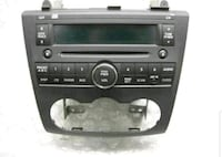 black 1-DIN car stereo head unit Hamilton, L9B 1C4