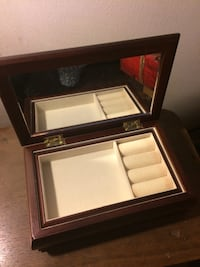 Wooden Jewelry Box Costa Mesa, 92627