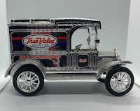 Ford 1913 T model coin bank  Smith-Ennismore-Lakefield, K9J