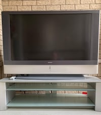 TV and TV Stand Richmond Hill, L4C 4M7