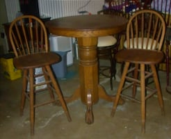 Pub Table with Two Barstools