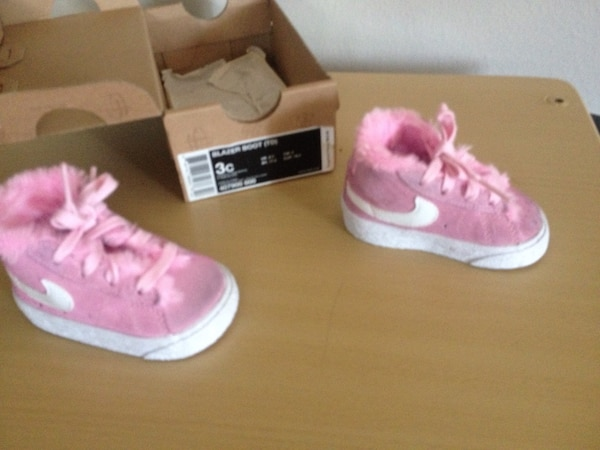 Nike Pink Baby Girl Shoes Size 3. 1 2 650c4189c