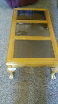 Solid oak coffee table 3 smoked center glass Clovis, 93611