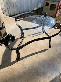 Glass coffee table/stand Hagerstown, 21740