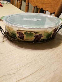 Temptations oval baking dish Linthicum Heights, 21090