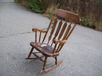 ANTIQUE ROCKING CHAIR Langley