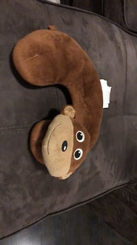 Monkey travel pillow