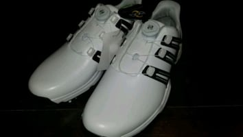 NEW Adidas golf shoes size US 9